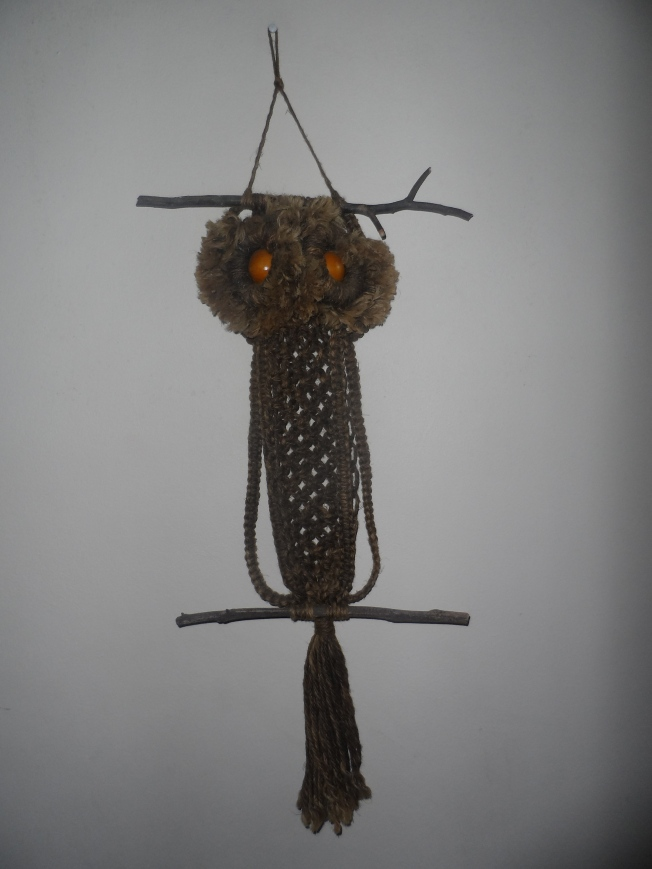 An owl made of sisal thread. Too cute!!!